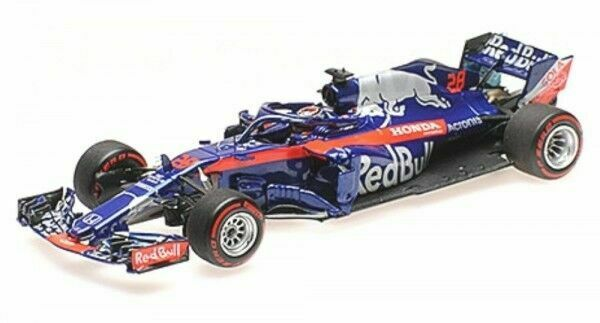 1:43 Toro Rosso STR 13 2018 # 28 B.Hartley - Minichamps