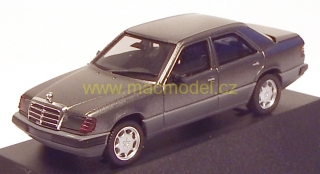 1:87 Mercedes-Benz 300 E sedan šedý - Herpa