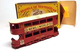 1:87 E class E1 tramvaj, News of the World, první krabička - Matchbox