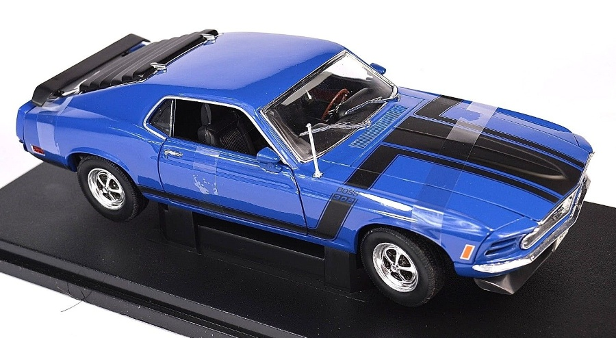 1:18 Ford Mustang BOSS 302 1970 modrý - Welly