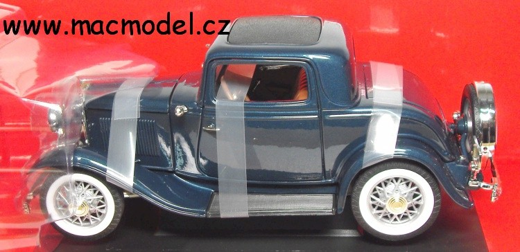 1:18 Ford 3-window coupé 1932 modrý - YatMing
